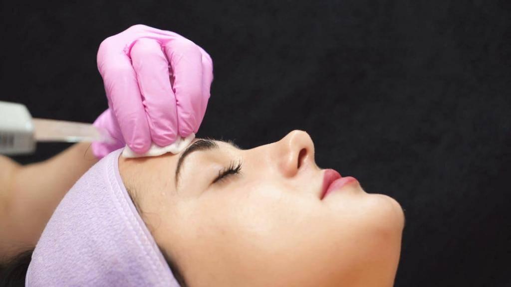 Покраснения после ультразвуковой чистки лица