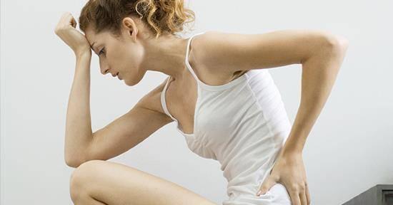 Головная боль при месячных: причины и методы лечения