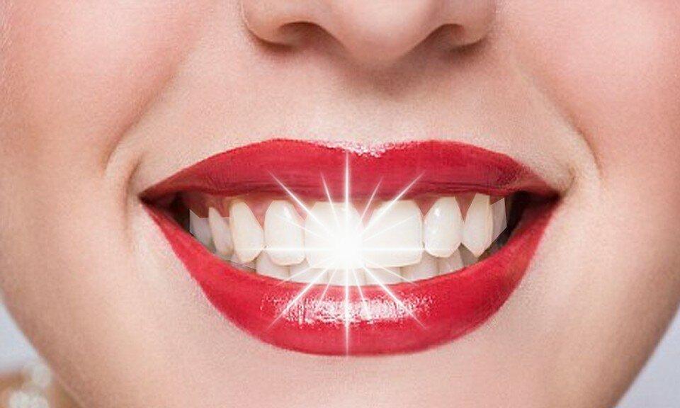 Во рту на щеке черная точка: причины и методы лечения. ополаскиватели для полости рта. гель стоматологический противовоспалительный