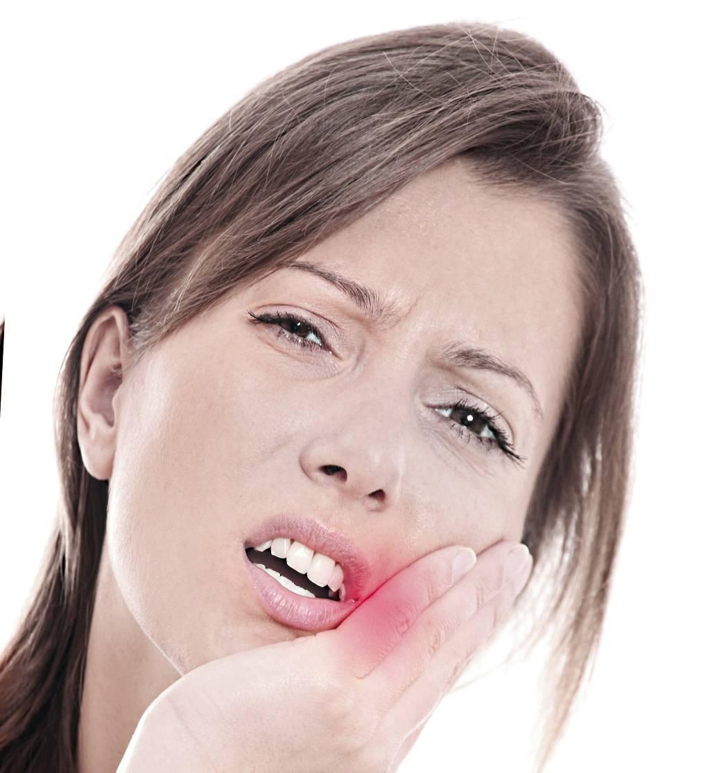 Почему зуб без нерва болит при надавливании