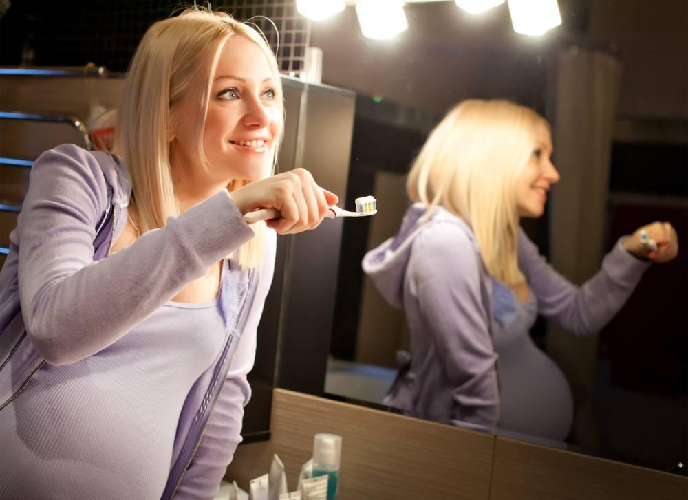 Отбеливание зубов при беременности: советы и отзывы