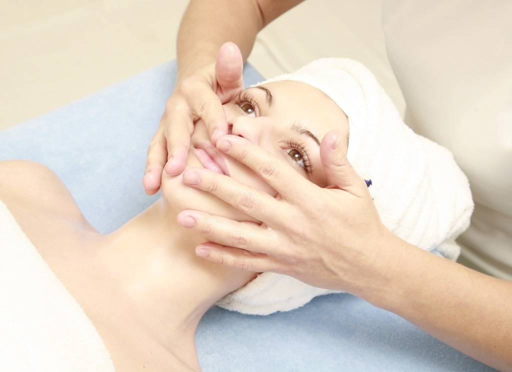 Самостоятельный буккальный массаж лица: обучение, видео, фото до и после