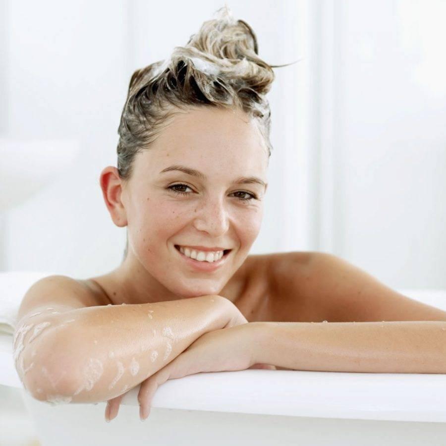 Уход за жирными волосами: что делать, чтобы избавиться от жирности у корней