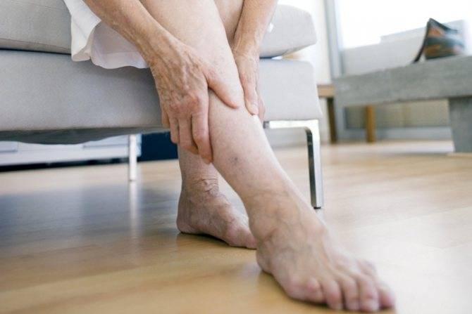 Могут ли отекать ноги при климаксе