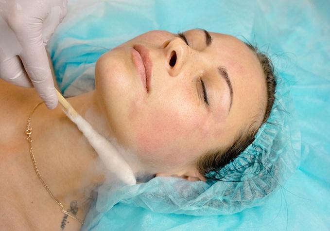 Криомассаж лица — ледяная красота