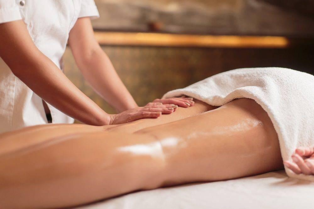 Медовый антицеллюлитный массаж: отзывы, техника выполнения и результаты