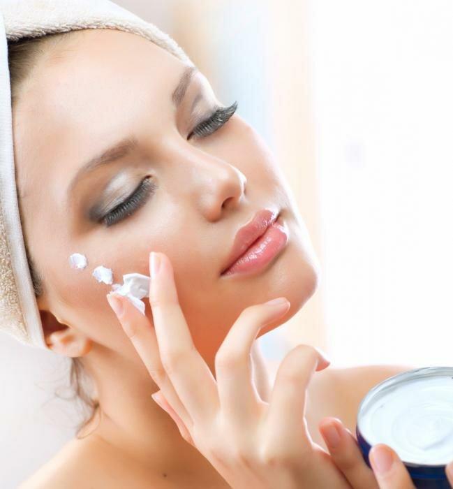 11 косметических продуктов для красоты лица без которых не обойтись летом