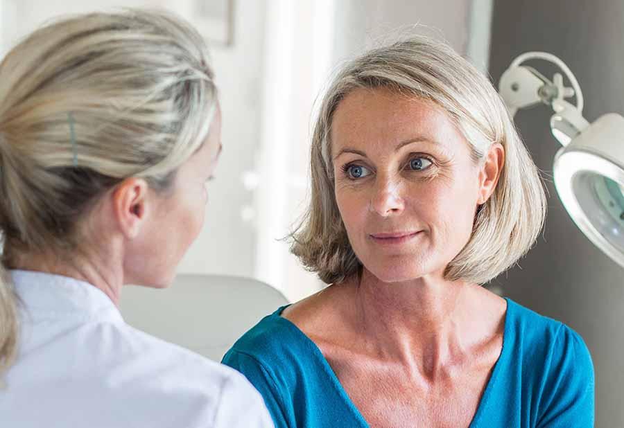 Аритмия при климаксе: лечение, последствия, симптомы