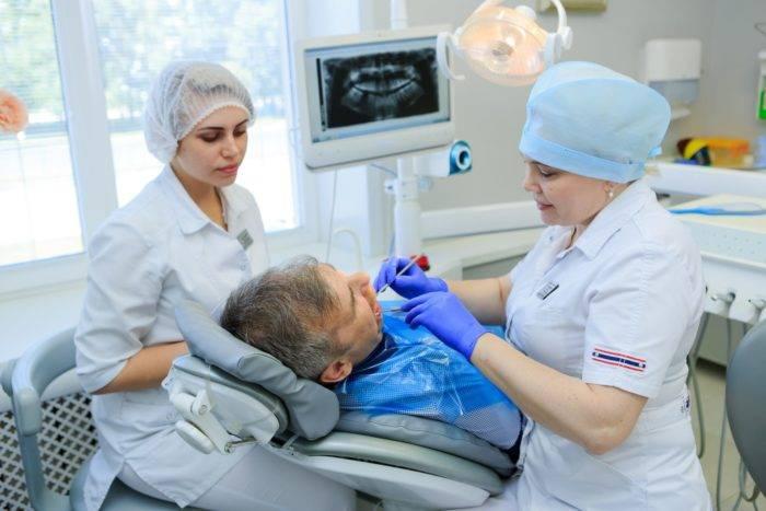 Зубной врач стоматолог-ортопед: кто это и чем занимается